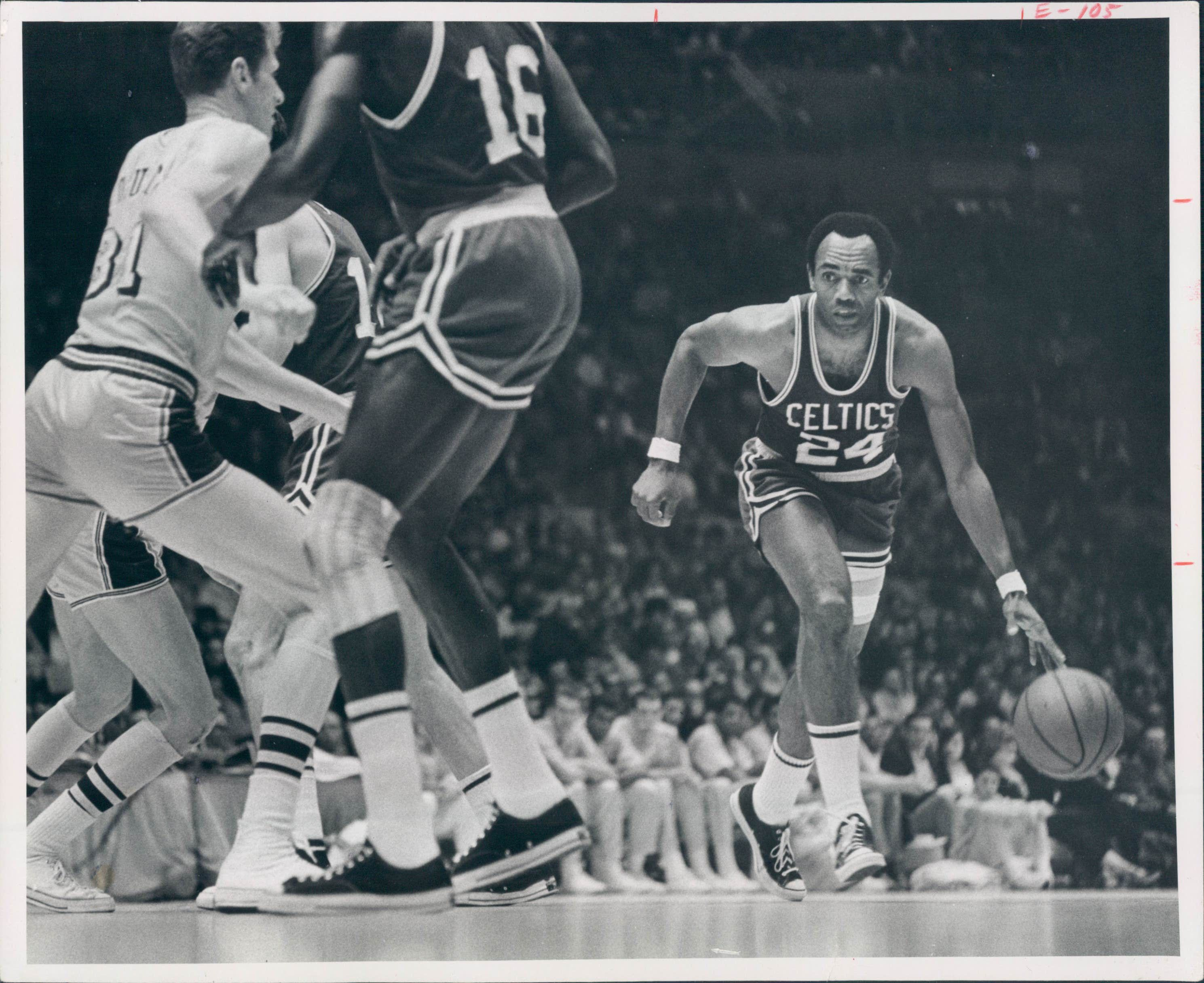 online store bf703 c00dd Lot Detail - 1969 Sam Jones Boston Celtics 8x10 Press Wire ...