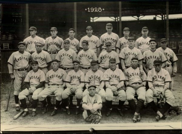"1928 Cleveland Indians Team Photo ""The Sporting News Collection Archives"" Original 7"" x 9.5"" Photo (Sporting News Collection Hologram/MEARS Photo LOA)"