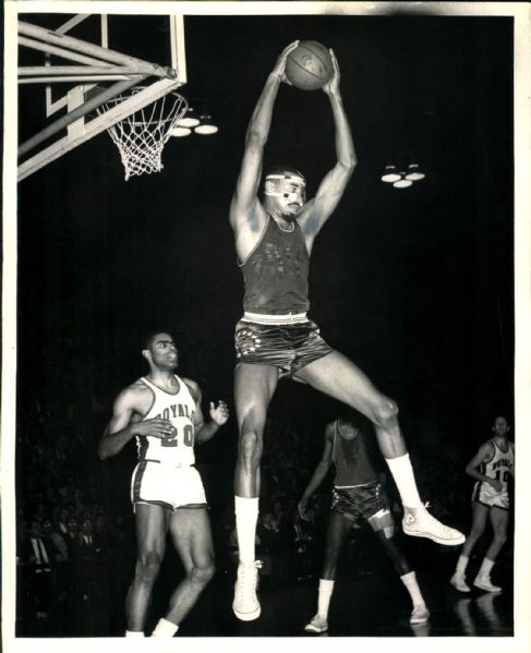 "1964-66 Wilt Chamberlain Philadelphia 76ers ""SPORT Magazine Collection Archives"" Original Photo (MEARS Photo LOA)"