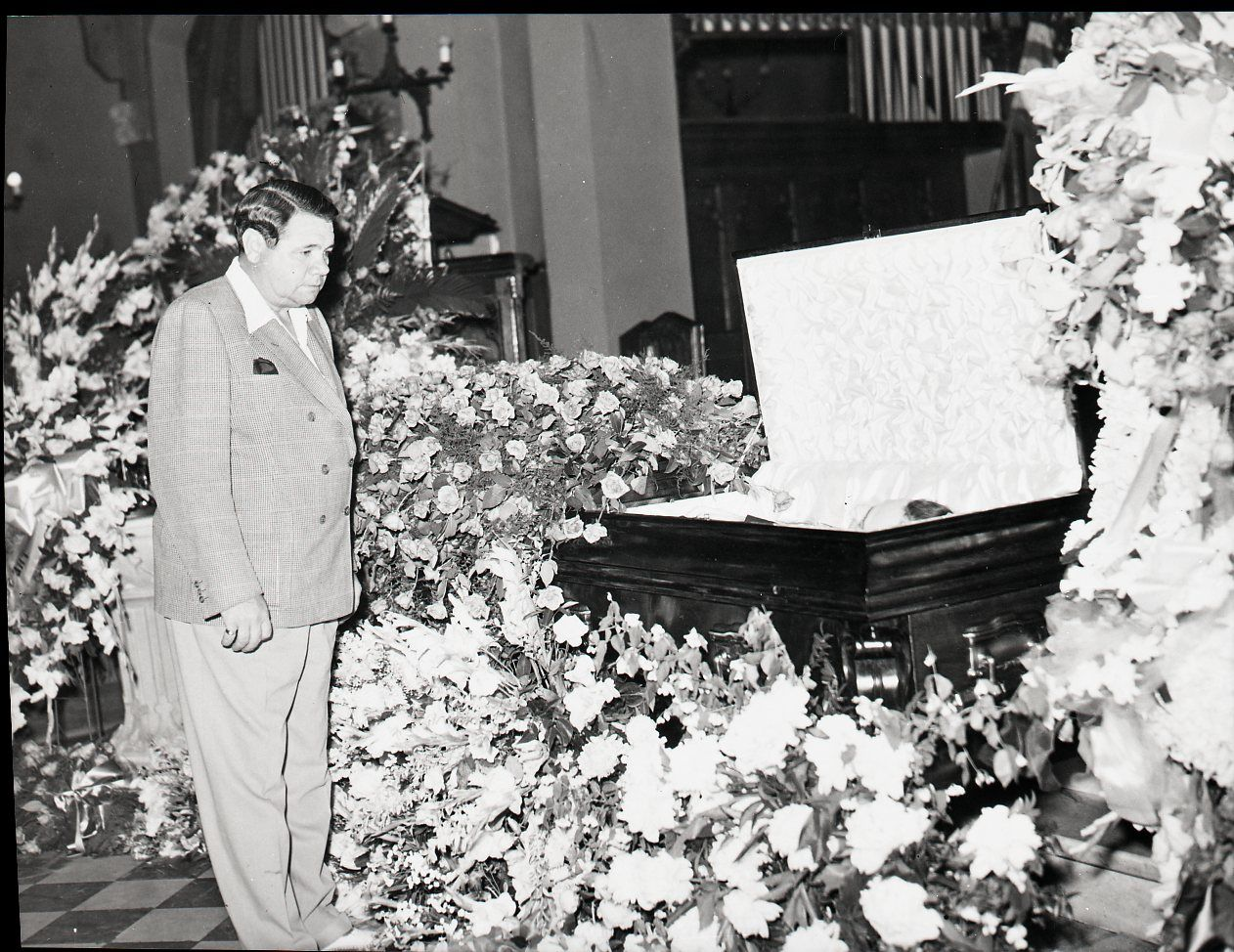lot detail 1941 babe ruth at lou gehrigs funeral quotthe