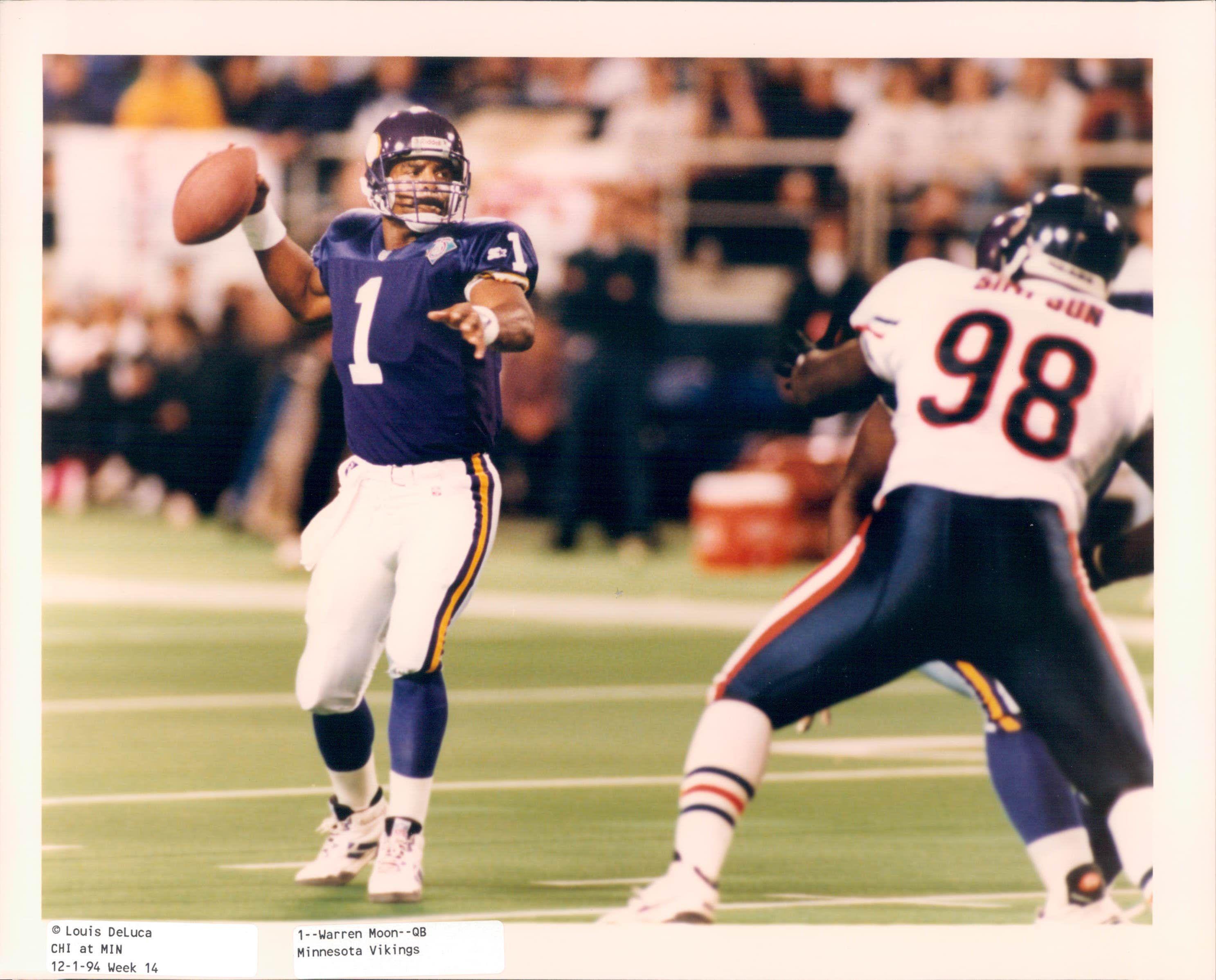 Lot Detail - 1994-95 Warren Moon Minnesota Vikings