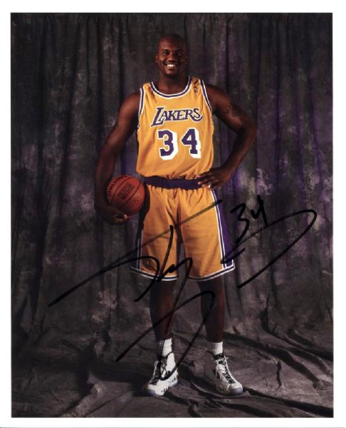 "1996-97 Shaquille ONeal Los Angeles Lakers Signed 8"" x 10"" Photo & 15 Certified Signed Cards - JSA"