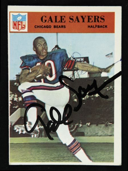 1966 Philadelphia Gale Sayers Chicago Bears Signed Card (JSA)