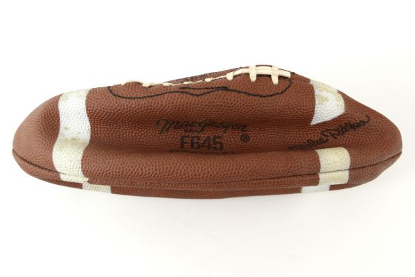 1965 circa Mike Ditka Signature Model MacGregor F645 Official Football & Pro Tips Booklet