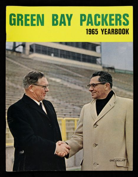 "1965 Green Bay Packers Yearbook w/ Lombardi/Lambeau Cover & 11"" Hanging Pennant"