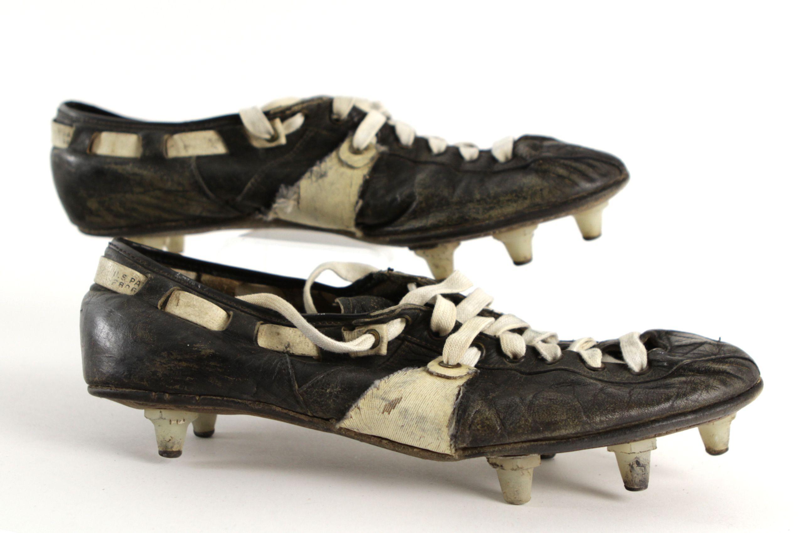 Game Worn Football Cleats (MEARS LOA
