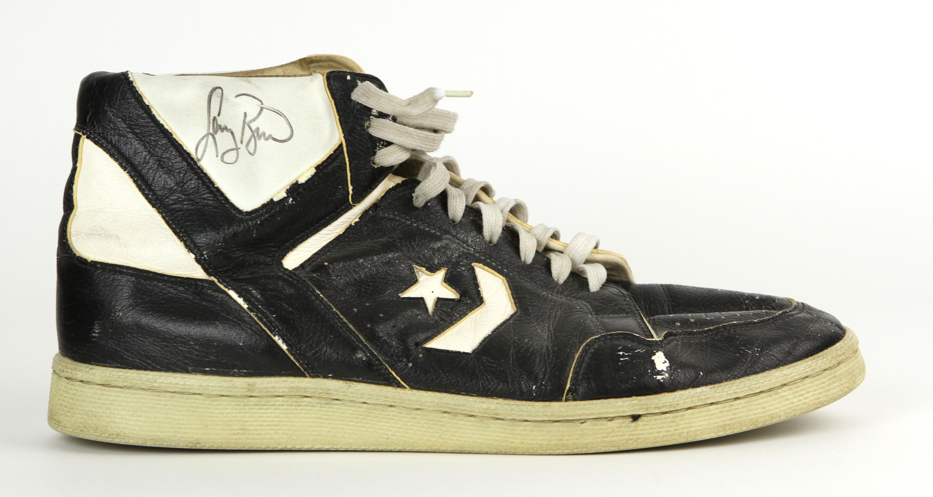 847be8ca3e9 Lot Detail - 1986-90 circa Larry Bird Boston Celtics Single Signed ...