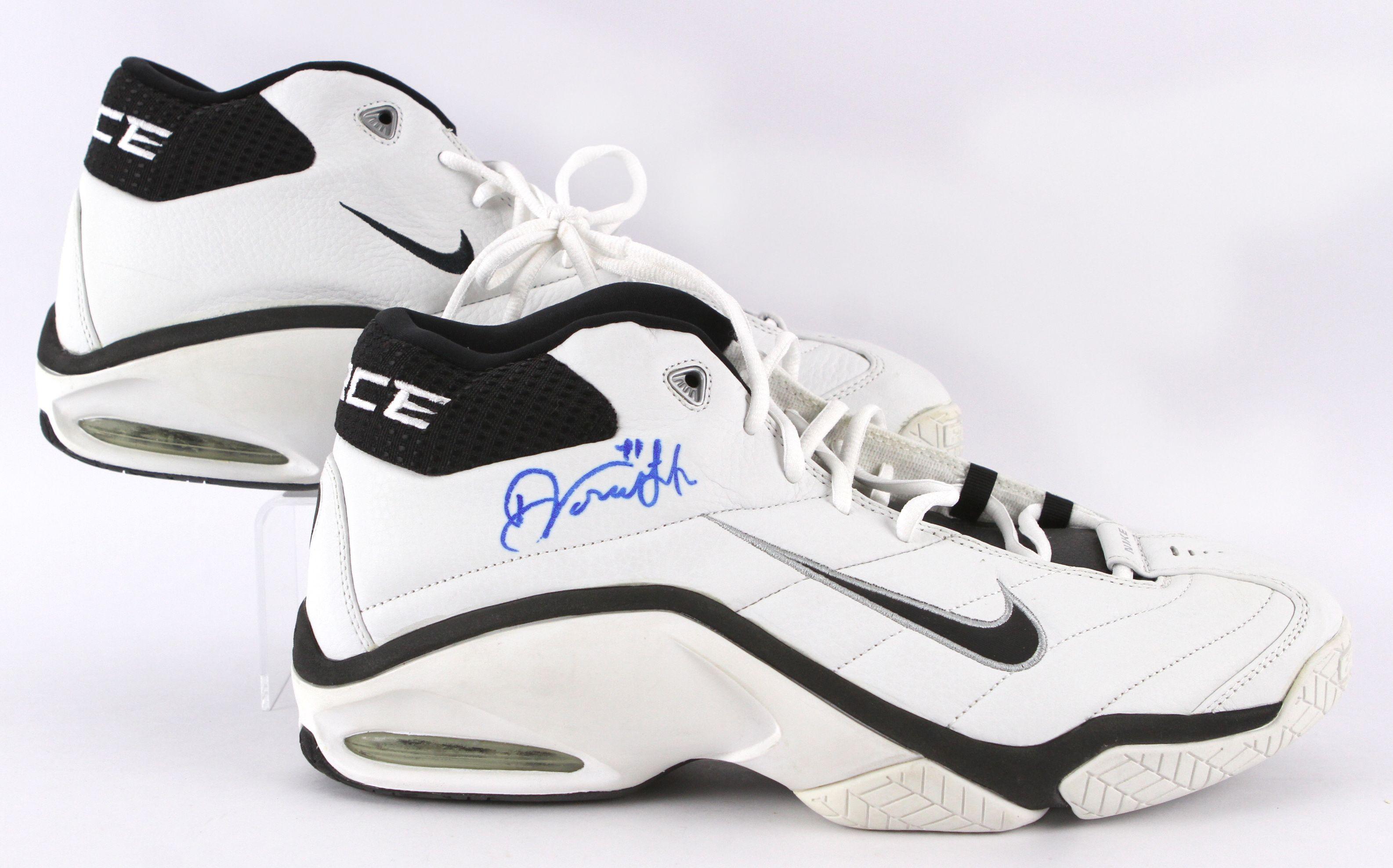 best sneakers de928 c076b Lot Detail - 2000 Dirk Nowitzki Dallas Mavericks Signed Game ...