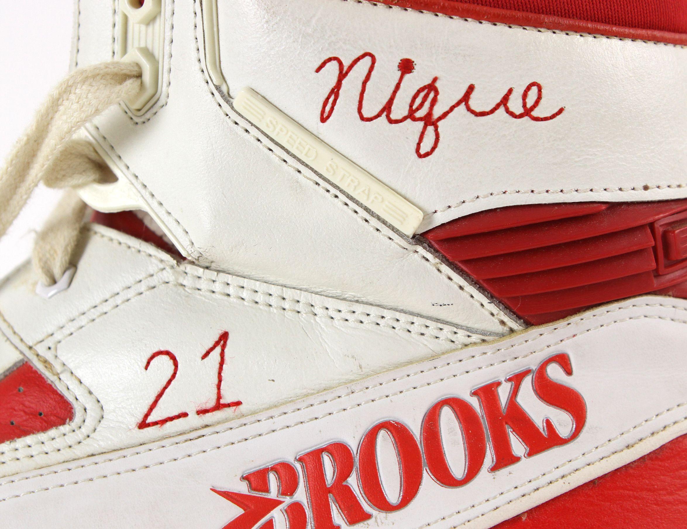 285e28b9ef8 Lot Detail - 1987-88 circa Dominique Wilkins Atlanta Hawks Game Worn ...