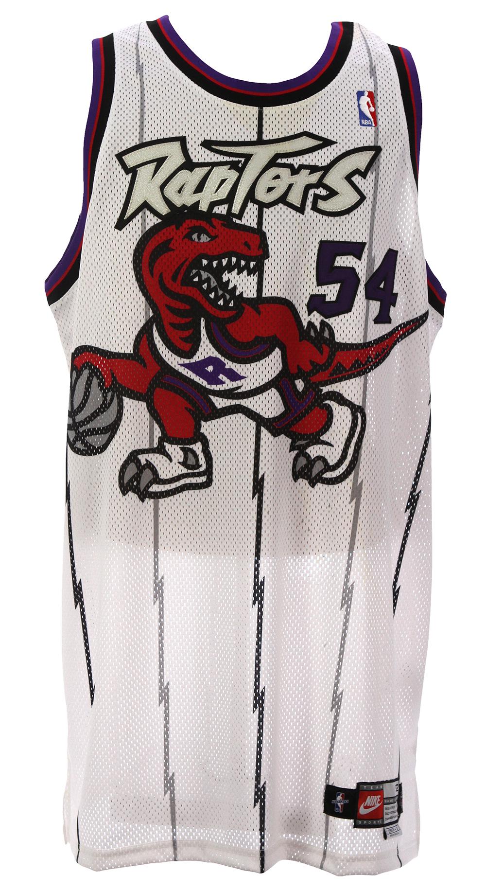 sale retailer cfeb1 94aca Lot Detail - 1997-1998 Popeye Jones Toronto Raptors ...