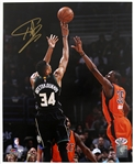 "2016 Giannis Antetokounmpo Milwaukee Bucks Signed 8"" x 10"" Photo (Player Hologram/COA)"