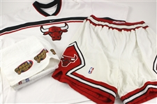 1990s-2000s Chicago Bulls Game Worn Apparel - Lot of 3 w/ Home Uniform Shorts, Shooting Shirt & 1998 NBA Finals Towel (MEARS LOA)