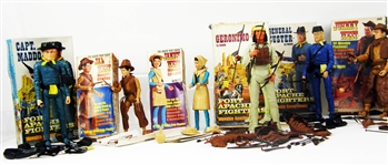 1968 Marx Fort Apache Fighters / 1967 James & Janice West Movable Action Figures (6)