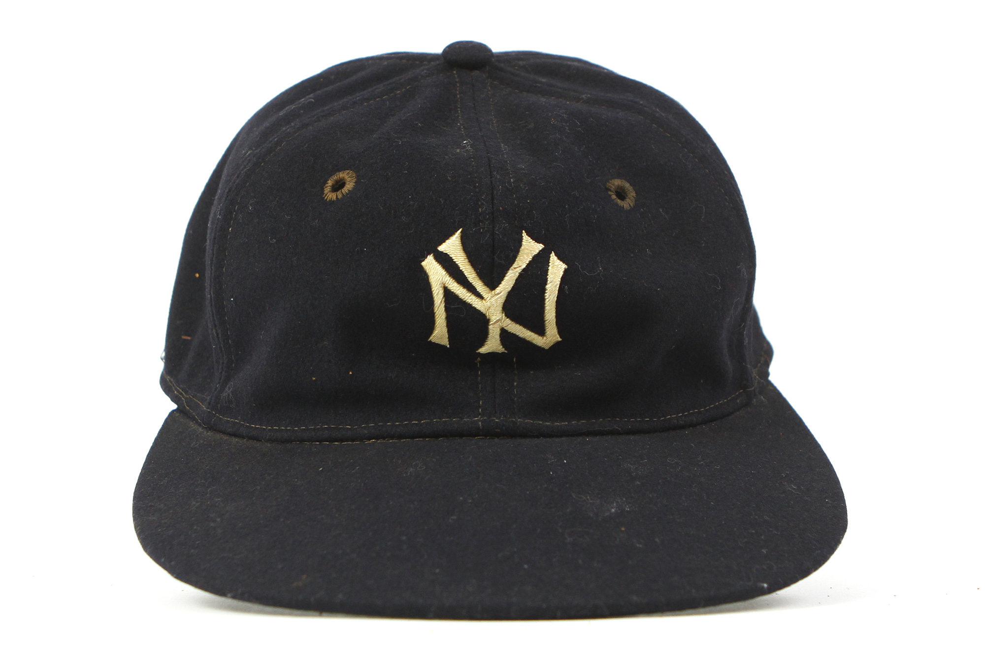 6024ba36812 1930s New York Yankees Cap W  Lou Gehrig Game Worn Original Head Liner ( MEARS. Touch to zoom. Previous