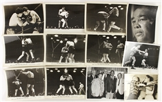 1930-1940s Joe Louis Heavy Weight Champion Original Boxing Photo Lot (Lot of 20)