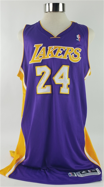 2013-14 Kobe Bryant Los Angeles Lakers Road Jersey (MEARS A5)