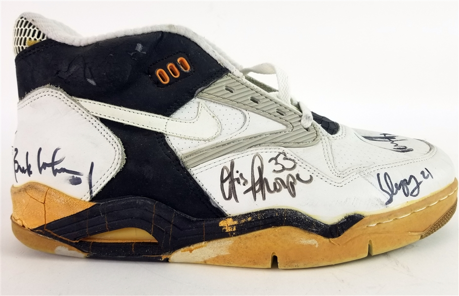 1990-91 Houston Rockets Multi Signed Nike Game Worn Sneaker w/ 5 Signatures Including Hakeem Olajuwon, Otis Thorpe, Vernon Maxwell & More (MEARS LOA/JSA)
